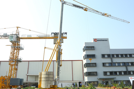 Manitowoc hosts Open House event for new Potain factory in India