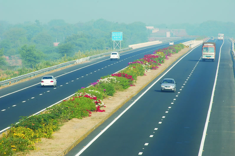 Maharashtra, UP to drive state-led capex in road sector in next 3 years
