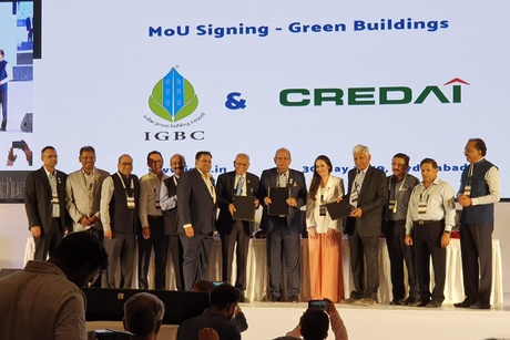 CREDAI signs MoU with IGBC to accelerate Green Building movement in India