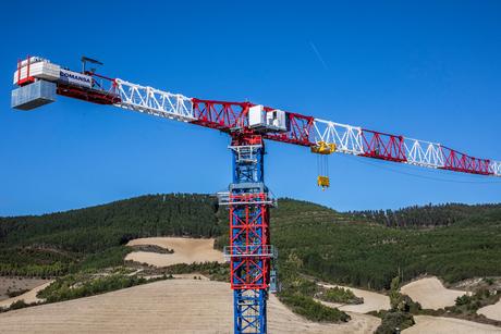 COMANSA presents its new 21LC1400 model: a new large-capacity Flat-Top crane