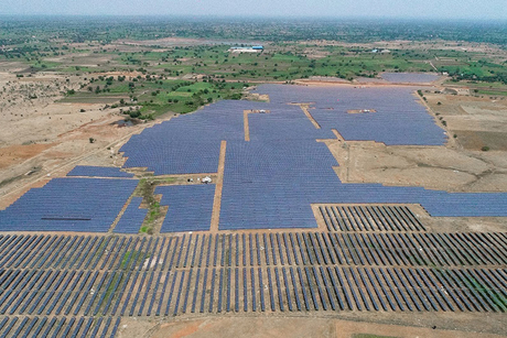 India to build 30 gigawatts of renewable plants along western border