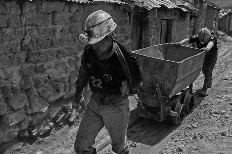 CREDAI MCHI requests facilitate return of migrant construction workers