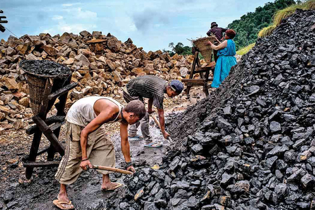 Coal India to pour Rs 56,000 cr on coal projects