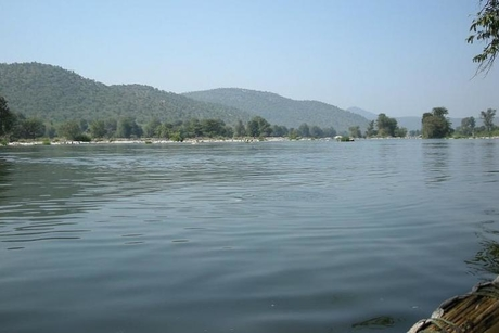 Centre prepares draft DPR for linking Godavari, Krishna, Kaveri rivers