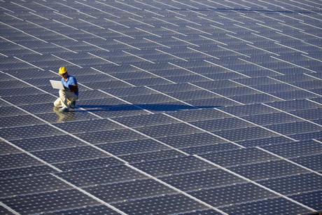Shapoorji Pallonji Infrastructure Capital Co to sell 317 MWp solar assets to KKR