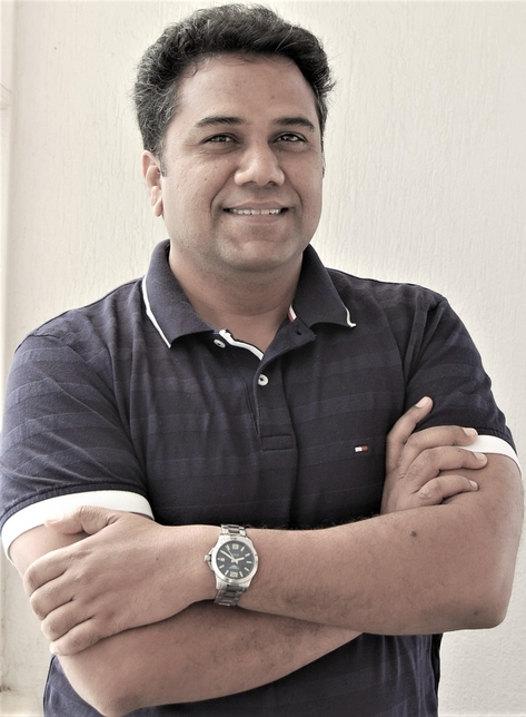 Arvind Kadam, Theme homes