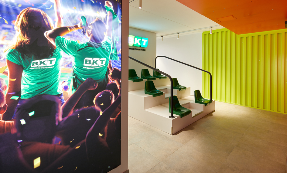 BKT, Tyres, Bhuj, Virtual centre, Training, Italy, Interactive tunnel, VR