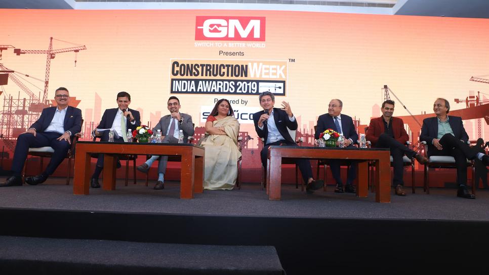 The enthralling panel discussion leed by Anuj Puri of ANAROCK, had an eclectic mix of panellists. Sangeeta Prasad of Mahindra Lifespaces, Boman Irani of Rustomjee, Vishal Mirchandani of Puravankara, Ar Sanjay Puri of Sanjay Puri Associates, Ram S Raheja of SK Raheja Group, Parvez Amin of Jaquar Group, and Kashyap Patwa of Arc Trends (A GM Modular Certified Dealer).