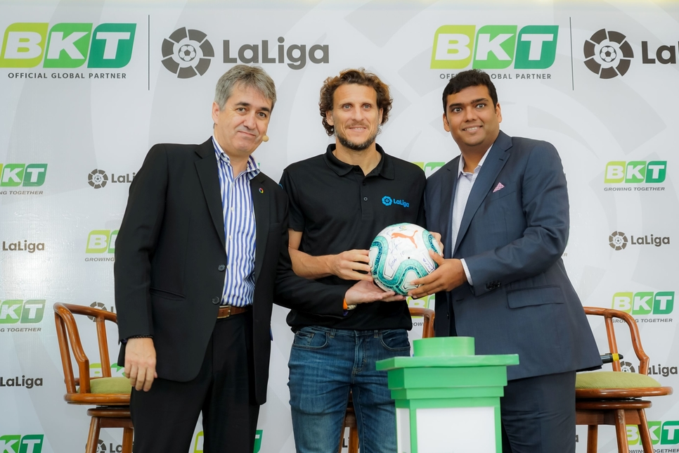 """Football legend and LaLiga Ambassador Diego Forlan flanked by Rajiv Poddar and Jose Antonio Cachaza at the partnership announcement that will see BKT as """"Official Global Partner of LaLiga"""" for three years until the end of the 2021/2022 season."""