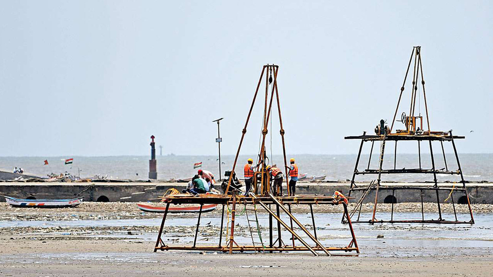 Maharashtra State Road Development Corporation, MSRDC, Bandra-Versova Sea Link, Casting yard, Juhu-Koliwada Chowpatty, Bombay High Court, Supreme Court