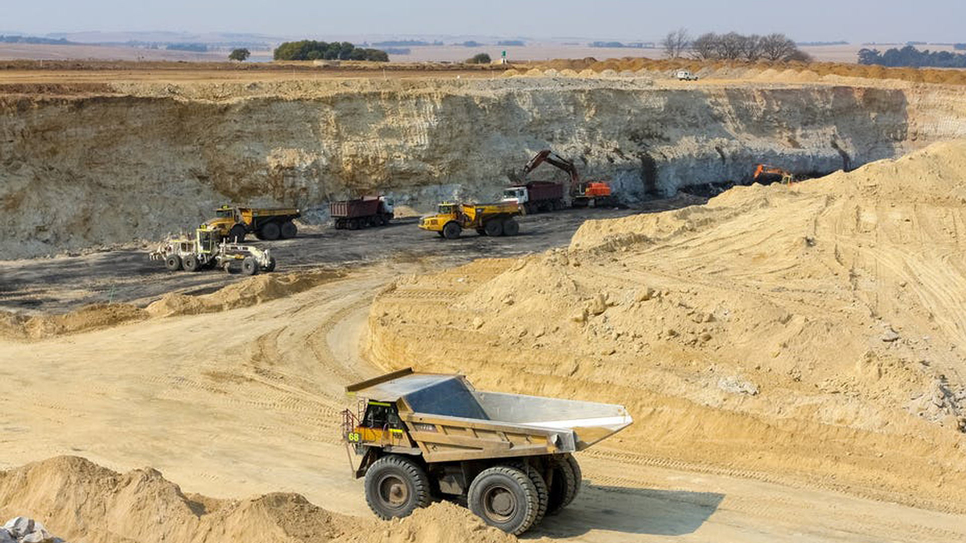 Dilip Buildcon, Niogahi project, Mining, Northern Coalfields, Coal India, Excavators, Singrauli