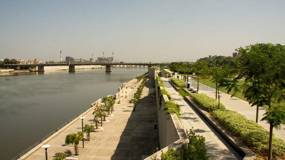 JLL India, Sabarmati Riverfront Development Project, Ahmedabad, Ahmedabad Municipal Corporation, Ramesh Nair, Shankar Arumugham