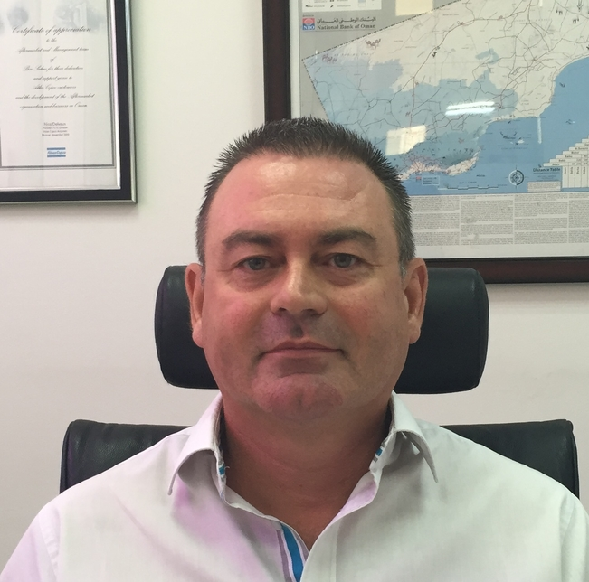 Tony Van Herbruggen.