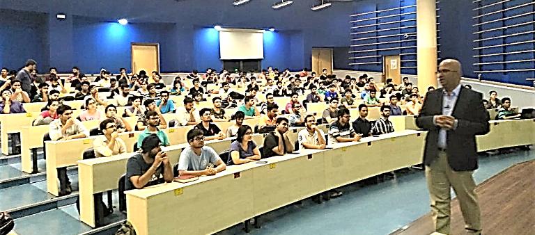 Ganesh Chandran addresses students at IIT Bombay.