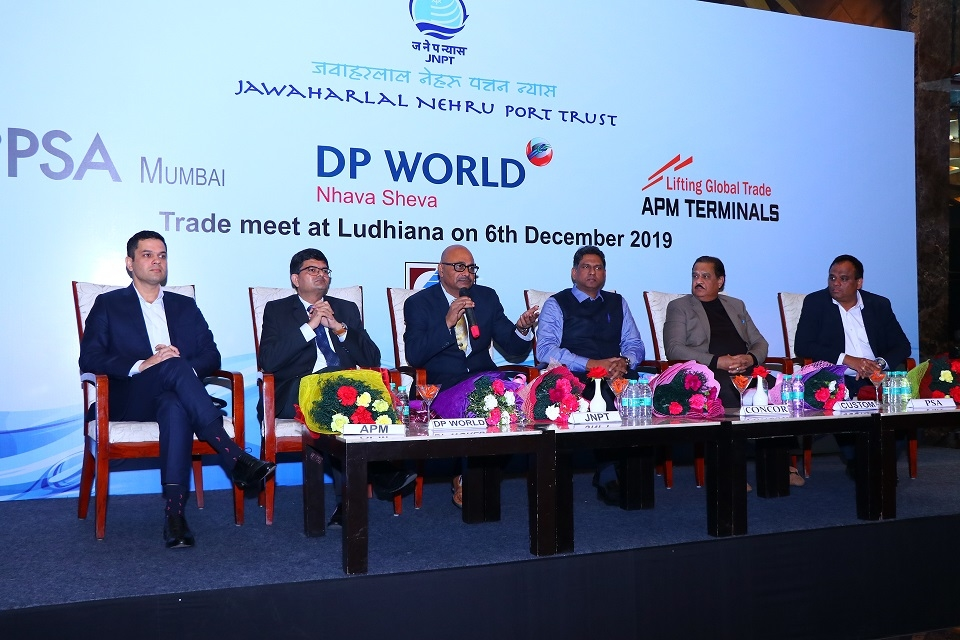 (From L to R): Avinash Kochar, Hardik Vaidya, Niteen Borwankar, Gabriek Juneja, Arvind Kumar, and Saurabh Sharma at the Trade Meet.