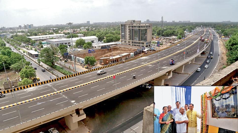 Gujarat, Flyovers, Ahmedabad, Surat, Vadodara, Bhavnagar, Jamnagar, Swarnim Jayanti Mukhyamantri Shehri Vikas Yojana, Vadodara Municipal Corporation