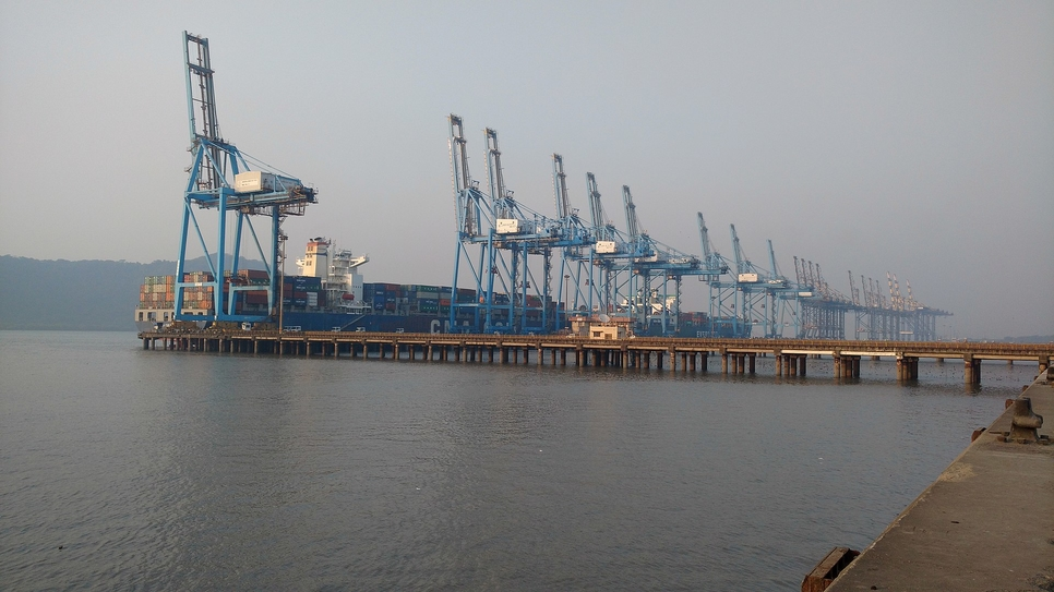 Andhra Pradesh government, Greenfield seaport, Ramayapatnam, Expert Appraisal Committee, Ministry of Environment, RITES, All-weather port, Artificial deep sea harbour, Mechanized cargo handling