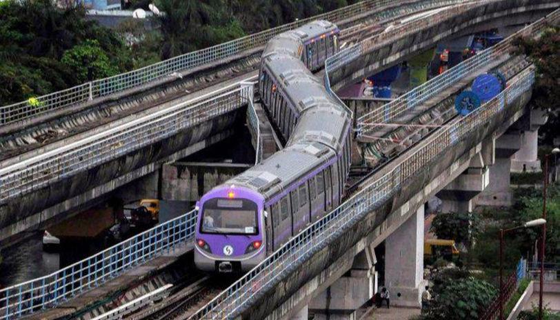 Pune Metro, 'Shivajinagar, Delhi Metro Rail Corporation, PMRDA, Pune Metropolitan Regional Development Authority, Hinjewadi-Shivajinagar track