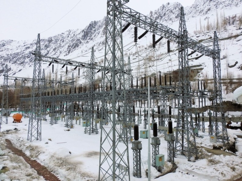 Central government, Power transmission link, Solar and wind energy projects, Ladakh, Grid connectivity problems, Green energy projects, Leh and Kargil districts, Viability gap funding, Public private partnership, Rann of Kutch, Power Grid Corporation of India, Hydropower projects, Jammu and Kashmir State Power Development Corporation, NHPC