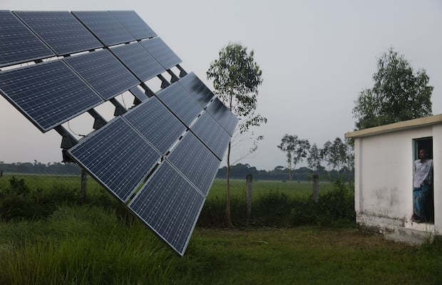Energy Efficiency Services, Solar power generation, Decentralised solar power plants, Government of Maharashtra, Rajasthan government, Solar distributed generation projects, Maharashtra, Agriculture feeders, Substation, New Delhi Municipal Corporation, Uttar Pradesh, Haryana, Bihar