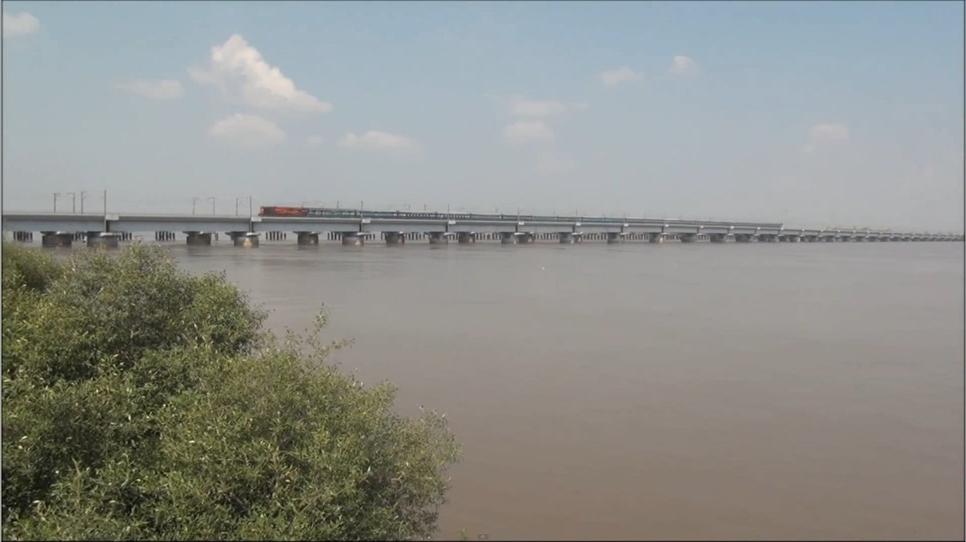 Mumbai Metropolitan Region Development Authority, MMRDA, Vasai-Bhayandar bridge, Western Railway bridge, Stoop Consultants, Mumbai Urban Transport Project, Mumbai, Subhash Chandra Chowk, Contino Road, Naigaon, Mumbai-Ahmedabad highway
