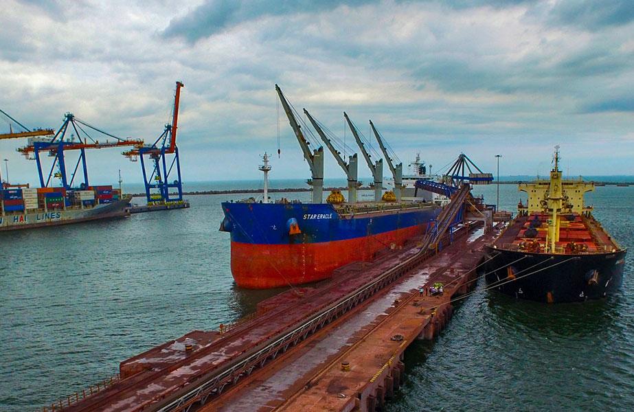 Essar Ports, Cargo handling, Ports business, Growth in cargo, High mechanisation, Hazira terminal, Vizag terminal, Salaya terminal, Paradip terminal