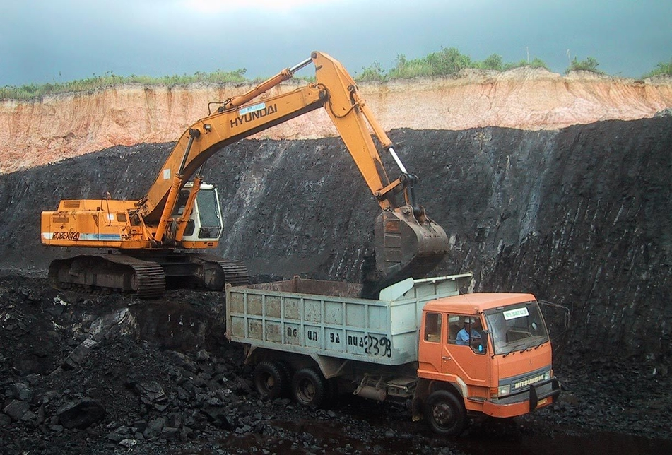 Bharat Coking Coal, Global bids, Jharia Coalfields, Coal mine methane, Drainage and utilisation, Power generation, Methane, Moonidih underground coal mine, Coal Seam XVI top, Coal production, Longwall panels, Dhanbad district, Jharkhand
