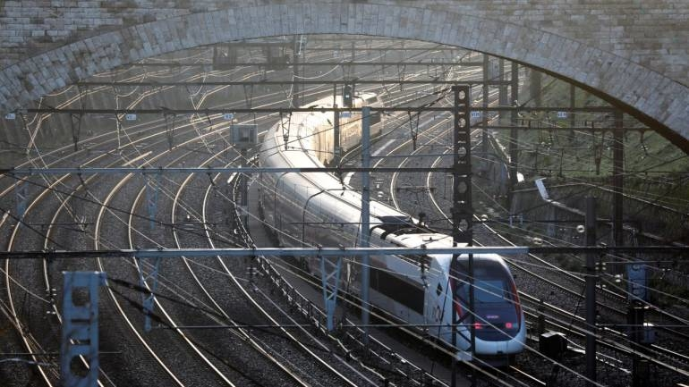 Jindal STeel & Power, JSPL, France Rail Hayange, Special grade rail blooms, Britain, France, Head hardened rails, Rail Vikas Nigam, Kolkata Metro Corporation, Rail Freight Corridor, Metro Rails, RDSO, Head hardened heat-treated grade rails