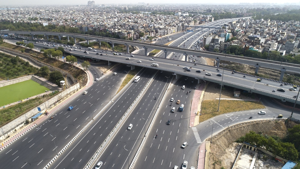 Delhi-Meerut Expressway, Project delays, National Highways Authority of India, NHAI, Lockdown in India, Rising project cost, Migrant labourers, Expressway