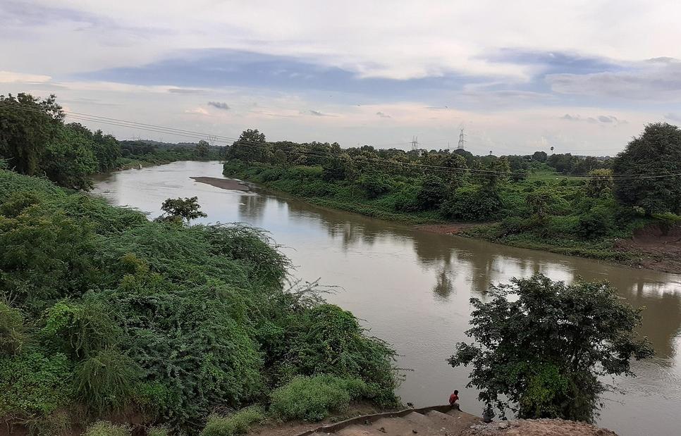 Municipal Corporation of Greater Mumbai, MCGM, Rejuvenation of rivers, Mumbai suburban, Design build and operate basis, Rejuvenation of Oshiwara/Walbhat river, Modular sewage treatment plant, Poisar river