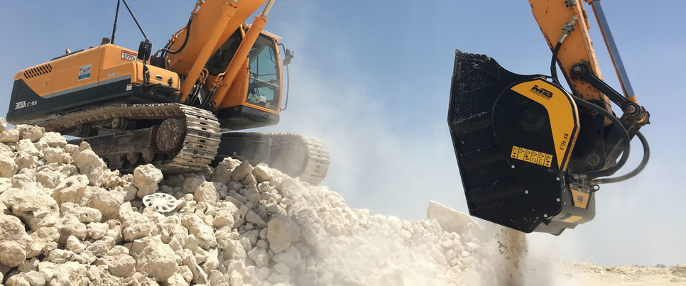 MB Crusher, Demolition, Recycling demolition waste, Excavation, Stone crushing, Call4Solutions, Transporting waste material, BF70.2 crusher bucket, Quarry