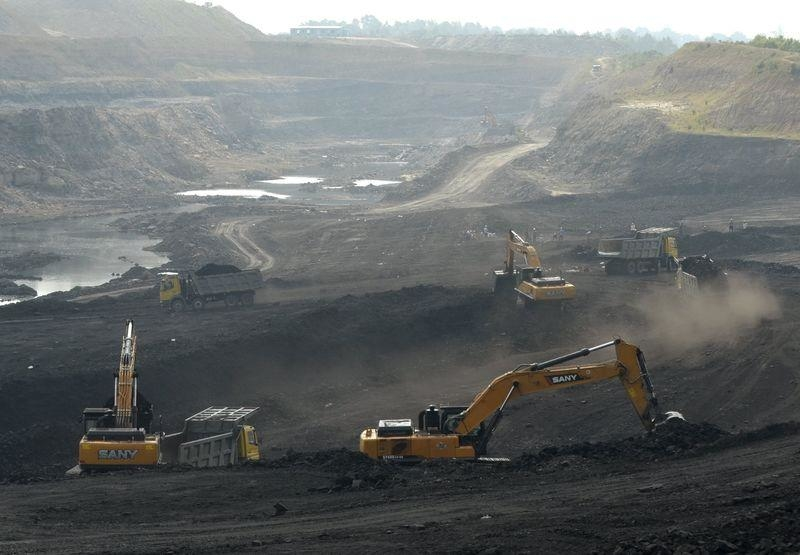 Miners work at Magadh coal mine in Chatra district in the eastern state of Jharkhand India September 30 2015  REUTERSStringer