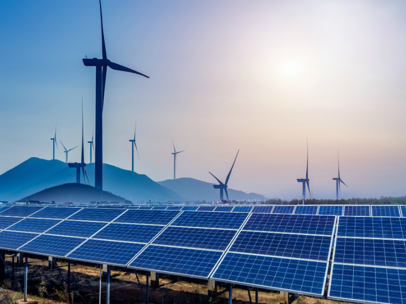 Ministry of New and Renewable Energy, Renewable energy, Thermal plants, Solar energy, Wind energy, Solar Energy Corporation of India, Wind-solar hybrid auction