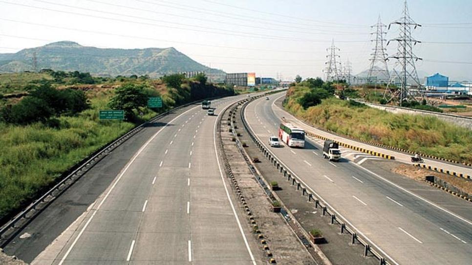 Road in Maharastra, ADB, Government of Maharashtra, State highways, Maharashtra Public Works Department, Rail hubs, Airports, National highways, Road design