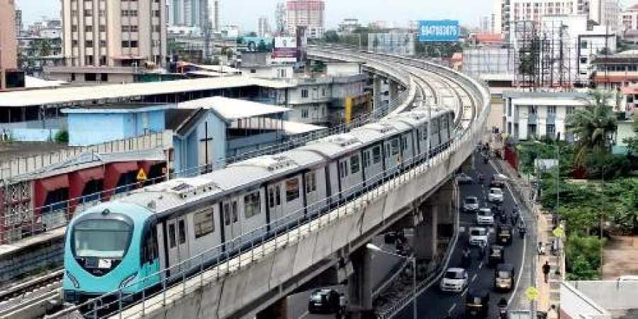 Kochi Metro, Land acquisition, Kakkanad, Tripunithura, Kerala, Jawaharlal Nehru Stadium-Kakkanad stretch, Metro's viaduct, Seaport-Airport Road, Kakkanad-Chittethukara, Chittethukara, Vadakkekotta