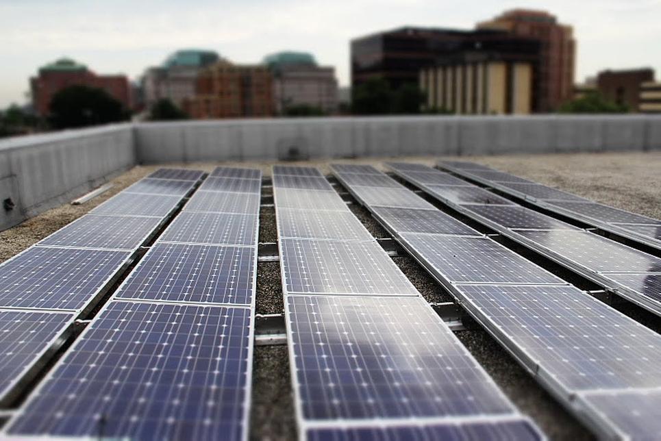 Vikram Solar, Rooftop solar, Floating solar power plant, Andhra Pradesh, Gaya, Gondia airport, Bhadla, Rajasthan, Madhya Pradesh, NTPC, Monocrystalline solar panels, Gujarat, The 42, Kolkata, Tallest skyscraper, CO2