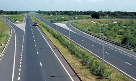 NHAI, National Highways Authority of India, IITs, NITs, World-class national highways, Engineering colleges, Highway infrastructure