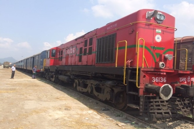 Cargo Express, Indian Railways, Hyderabad, Delhi, Adarsh Nagar (Delhi) Goods Sheds, Gajanan Mallya, South Central Railway, Wagon level indenting, Freight