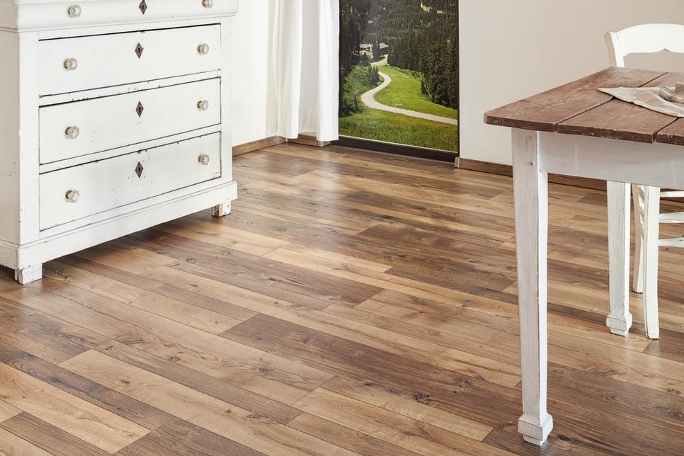 Span Floors unveils its deluxe 3-in-1 laminate floorings
